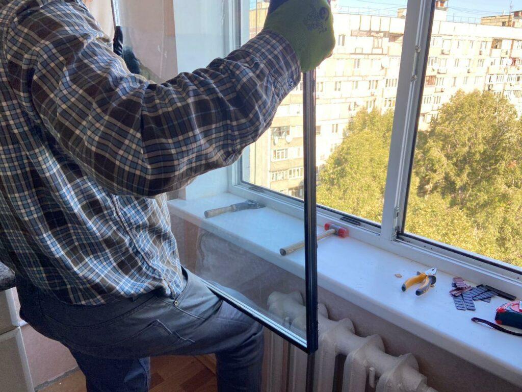 Заказать замену стеклопакета для окна Днепр